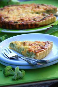 Tarta z brokułami Feta, Savoury Baking, Quiche, Grilling, Food And Drink, Vegetarian, Meals, Pizza, Cooking