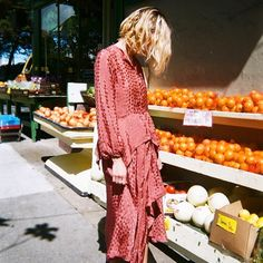 How One Woman Turned Her Blog Into a Cult-Favorite Shopping Site via @WhoWhatWearUK