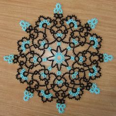 Tat-a-Renda: The Lace Mat Gallery- Same pattern done 35 different ways. INSPIRATION