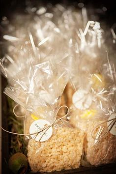 rice crispy treat wedding favors - everyone loves rice crispy treats