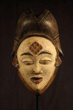 Maison de ventes aux enchères en ligne Catawiki: Masque africain Okuyi - Punu - Gabon