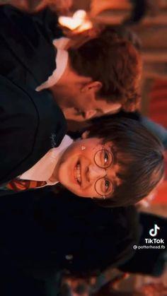 Weasley Harry Potter, Harry Potter Quiz, Harry Potter Feels, Harry Potter Marauders, Harry Potter Room, Harry James Potter, Harry Potter Pictures, Harry Potter Aesthetic, Harry Potter Fan Art