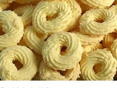 Copy the cookies Coco! Portuguese Desserts, Portuguese Recipes, I Love Food, Good Food, Yummy Food, Cookie Recipes, Snack Recipes, Dessert Recipes, Menu Brunch