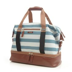 The Midway Weekender has a separate shoe compartment, making it the ideal travel bag. Shop travel bags, yoga bags, and gym bags for women at pocampo.com.
