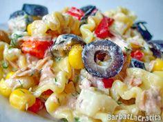 Salată de paste cu ton, măsline şi tzatziki Tzatziki, Fruit Salad, Pasta Salad, Potato Salad, Macaroni And Cheese, Potatoes, Ethnic Recipes, Food, Lunches