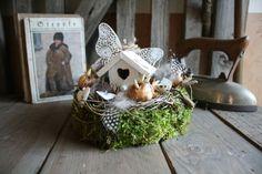 Ein Traum in Weiß - Tischkranz von Frijda im Garten - Aus einer Idee wurde Leidenschaft auf DaWanda.com