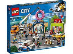 Shop LEGO City Donut Shop Opening 60233 at Best Buy. Lego City Police, Lego City Sets, Lego Sets, Lego Disney, Lego Ninjago, Lego Duplo, Legos, Chauffeur De Taxi, Figurine Lego