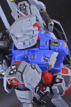 PG 1/60 Gundam GP01 Zephyranthes - Custom Build - Gundam Kits Collection News and Reviews