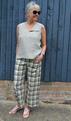 Sophie Top - Patterns - Tessuti Fabrics - Online Fabric Store - Cotton, Linen, Silk, Bridal & more