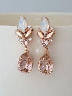 $89 Blush chandelier earrings,Morganite earrings,Blush Bridal earrings,Bridal earrings,Vintage earrings,Swarovski earring,Bridal wedding jewelry
