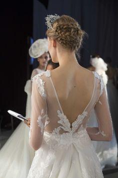 peinados de boda Girls Dresses, Flower Girl Dresses, Lace Wedding, Wedding Dresses, Bridal, Hair Styles, Fashion, Dress Girl, Wedding Dress Lace