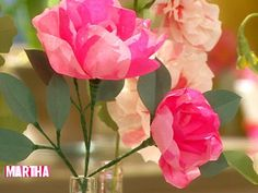 Livia Cetti crafts crepe-paper peony and poppy flowers, a lovely handmade gift idea.