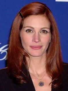 Julia Roberts' Hair Colors  #celebrityhair #haircolors #juliaroberts