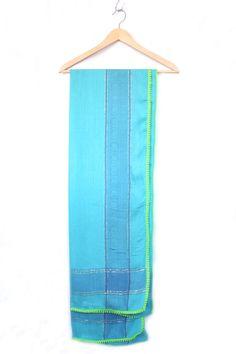 Tücher - Vintage Tuch mit Bommelborte - ein Designerstück von minimarktberlin bei DaWanda
