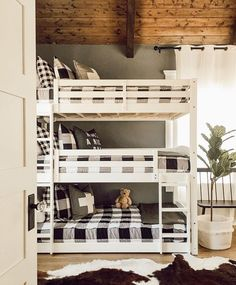 "Country Living on Instagram: ""Gingham blankets and triple bunk beds - what more could a kid want?! 😍 #regram @mistletoetradingco"""