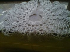 Violet Cloud lace collar. Kid mohair, and it spreads out to the shoulders.