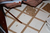 Each square takes one hour to make it. Start in the middle of the square. That gives the nicest results. With this sciccors it's easy t. Doll House Flooring, Parquet Flooring, Doll Houses, It's Easy, Tile Floor, Middle, Tutorials, Construction, Home Decor