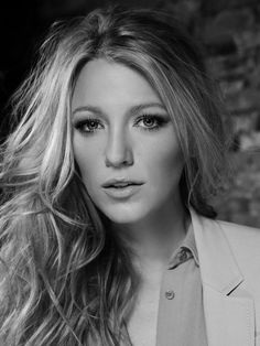 Blake Lively Look at her, just look at her! Blake And Ryan, Blake Lively Ryan Reynolds, Different Blond, Blake Lively Style, Gossip Girl Fashion, Looks Style, Great Hair, Hollywood Actresses, Supergirl
