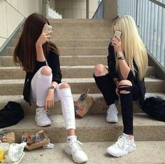 Brunette & Blonde Besties