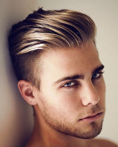 Looking For Undercut?   #Hairstyles #Undercut #Inspirations   http://www.inspirationluv.com/30-mens-undercut-hairstyles-2015/
