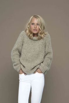 catch the feeling from our new knitwear-campagne! #fashion #pullover #knitwear #cosy #cosyness #warm #feeling #madeineurope #likeabird #mode #casual
