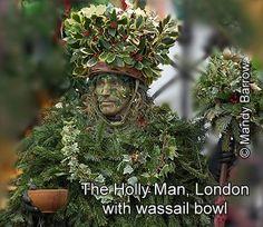 Scottish Christmas Traditions | Wassailing Christmas Traditions and Customs in England, Scotland and ...