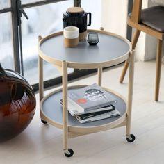 Beistelltisch in tollem Design aus Holz von Brdr. Krüger | creme kopenhagen