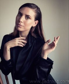 Jed Root - Gloria Noto - Lykke Li - Mode, Hillary Walsh : Lookbooks - the Technology behind the Talent.