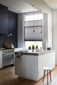Schwarze Küüchenwand. #KOLORAT #Wandgestaltung #Küche #Schwarz