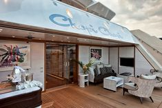 "The 80 metre superyacht "" Chopi Chopi "" An ultra luxurious family resort 