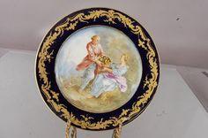 3 French Serves Boucher porcelain cabinet plates : Lot 13