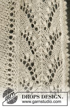 Lily / DROPS 133-2 - Knitted DROPS shawl with lace pattern in Lace.