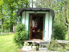 ROULOTTE D'EPOQUE Gazebo, Outdoor Structures, Nature, Gypsy Caravan, Kiosk, Naturaleza, Cabana, Nature Illustration, Outdoors
