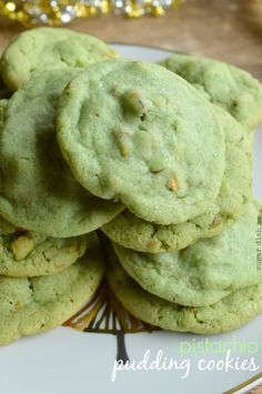 Pistachio Pudding Cookies Recipe Soft and chewy and a festive green! These Pistachio Pudding Cookies are excellent for cookie swapping! A holiday favorite recipe. Pistachio Pudding Cookies, Pistachio Dessert, Pistachio Recipes, Pistachio Bread, Cookie Desserts, Cookie Recipes, Dessert Recipes, Delicious Desserts, Yummy Food