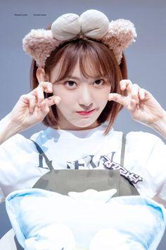 181109 Sangam S-Flex fan signing Kpop Girl Groups, Korean Girl Groups, Kpop Girls, Glass Dolls, Sakura Miyawaki, Kagoshima, Survival, Japanese Girl Group, K Idol