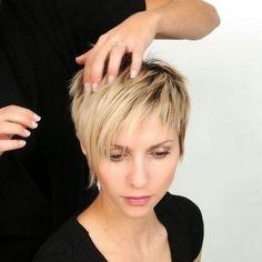Coupe de cheveux court visage rond cheveux fins