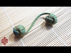 How to Make a Monkey's Fist Paracord Begleri Fidget Toy Tutorial Paracord Tutorial, Paracord Knots, Paracord Keychain, Paracord Bracelets, Bracelet Tutorial, Monkey Fist Keychain, Monkey Fist Knot, Jewelry Knots, Paracord Projects