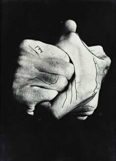 Ketty La Rocca, Hands, 1975