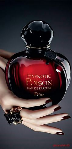 Christian Dior - Hypnotic Poison. Sampled this recently. It smells delicious. Very, very delicous.