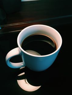 coffee with kevin Coffee Love, Coffee Art, Black Coffee, Coffee Shop, Coffee Images, Coffee Photos, Coffee Dessert, Coffee Drinks, Coffee World