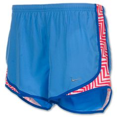 2014 cheap nike shoes for sale info collection off big discount.New nike roshe run,lebron james shoes,authentic jordans and nike foamposites 2014 online. Sporty Outfits, Nike Outfits, Athletic Outfits, Athletic Wear, Sporty Clothes, Workout Outfits, Athletic Shorts, Nike Shorts, Nike Running Shorts