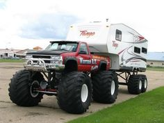 Chevy Silverado 1500 monster truck with a monster camper Jacked Up Trucks, Diesel Trucks, Cool Trucks, Chevy Trucks, Pickup Trucks, Cool Cars, Chevy 4x4, Dually Trucks, Lifted Chevy
