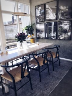 Tänkte att jag skulle bjuda på lite bilder på mina Ikea hacks h… Trendy Furniture, Ikea Furniture, Furniture Makeover, Cool Furniture, Furniture Design, Furniture Projects, Kitchen Furniture, Outdoor Dining Furniture, Outdoor Decor