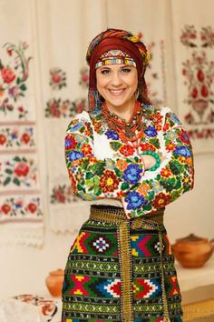 Anzhelika Rudnytska wearing national Ukrainian outfit, from Iryna with love Folk Fashion, Ethnic Fashion, Traditional Fashion, Traditional Dresses, Estilo Popular, Ethno Style, Costumes Around The World, Motif Floral, Folk Costume