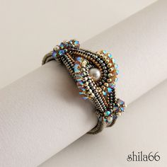 shilabead: karkötő/bracelet - Beadwork Magazine Feb-Mar 2012