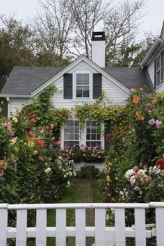 """oldfarmhouse: """"Flowers of cottage Keep title thank you @oldfarmhouse archives """""""