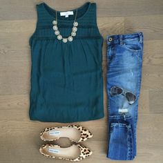 Super late post of today's outfit. Just one of those days, but this tank top helped! # Casual Outfits with flats leopards Mode Outfits, Casual Outfits, Fashion Outfits, Womens Fashion, Fashion Trends, Spring Summer Fashion, Spring Outfits, Winter Fashion, Looks Chic