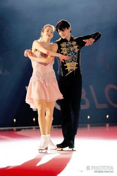 Figure skating photos and Male Figure Skaters, Figure Skating, Yuzuru Hanyu Javier Fernandez, Professional Ice Skates, Carolina Kostner, Stephane Lambiel, Ice Show, Skate Art, Ice Skaters