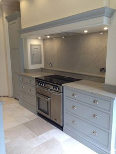 36 One of the Most Overlooked Systems for Grey Family Kitchen - untoldhouse Kitchen Mantle, Kitchen Chimney, Family Kitchen, Living Room Kitchen, Home Decor Kitchen, Kitchen Interior, New Kitchen, Open Plan Kitchen, Kitchen Layout