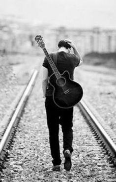 A growing range of free online guitar lessons for guitarists of all ages, technical abilities and music styles. Serious about playing guitar? Musician Photography, Band Photography, Photography Poses For Men, Senior Photography, Portrait Photography, Senior Year Pictures, Senior Photos, Senior Portraits, Guitar Senior Pictures